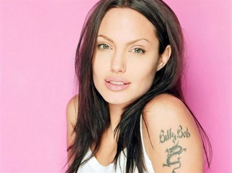 Angelina-jolie-with-billy-bob-tattoo-on-arm