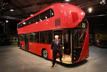ראש העיר של לונדון ואוטובוס הדגל שלו