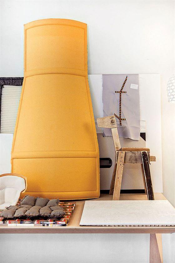 thumbs_9833-desk-patricia-urquiola-studio-0215_jpg_0x1064_q91_crop_sharpen