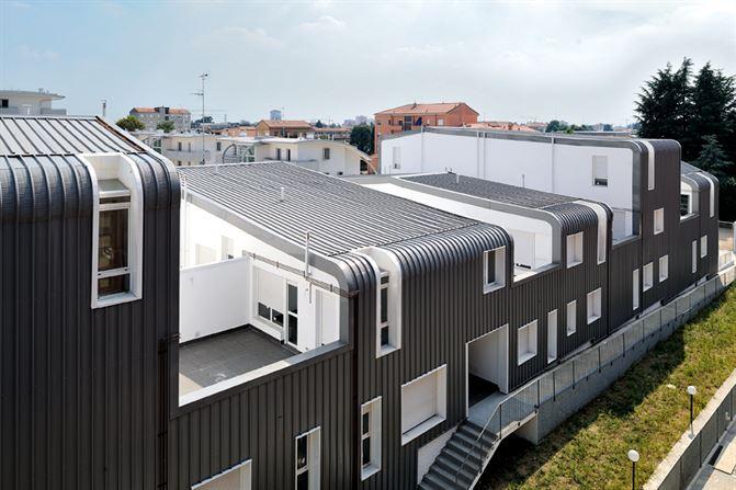 דיור ציבורי באיטליה: מחווה לקארל מרקס