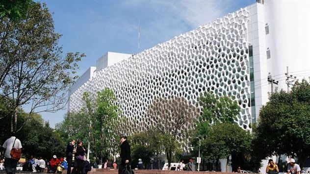 The façade of the Torre de Especialidades sucks up pollution in Mexico City. Elegant Embellishments