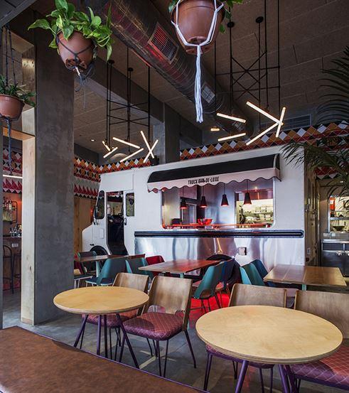 Truck Deluxe (Israel), International Restaurant  Studio OPA