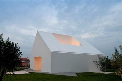 Architects: Manuel Aires Mateus