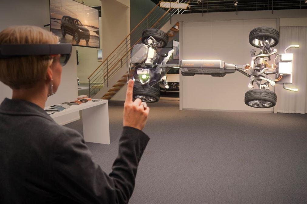 Microsoft HoloLens being used in Volvo showroom-xlarge