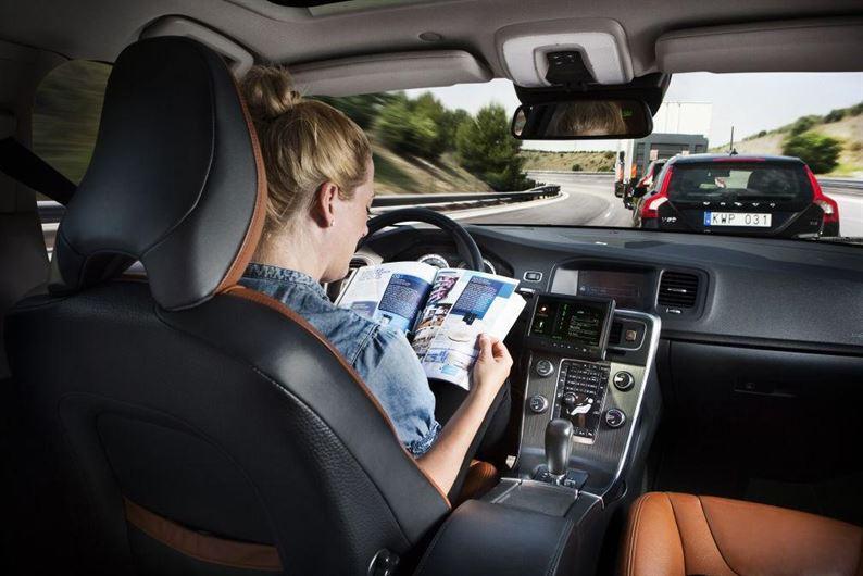 Volvo-driverless-car-xlarge