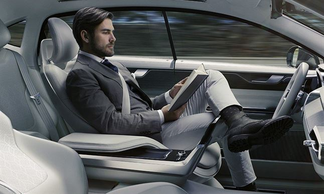 volvo-concept-26-autonomous-driving-interior-designboom-03-818x491