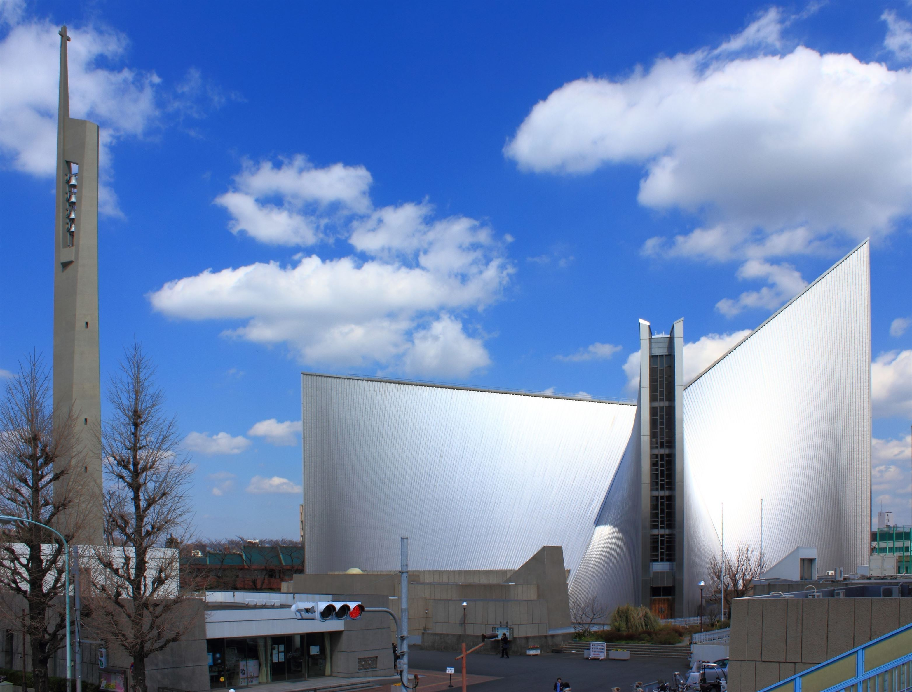 St._Marys_Cathedral_Tokyo_2012
