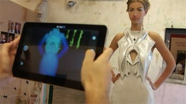 Annouk-Wipprecht-3D-printed-fashion-collection-for-Audi_dezeen_11