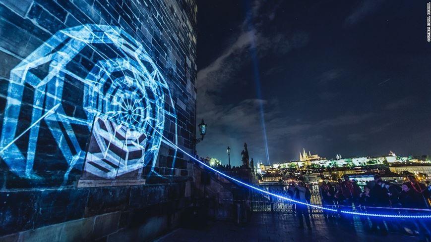 SIGNAL הוא פסטיבל אור המתקיים בפראג מדי שנה