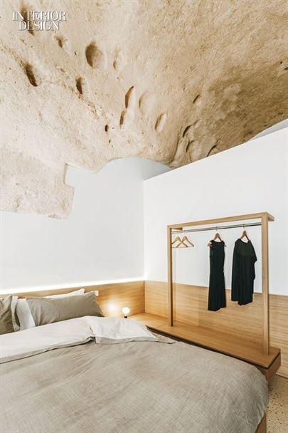 thumbs_mancastudio-hosptiality-guestroom-clothingrack-0716.jpg.770x0_q95