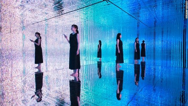160803135459-13-teamlab-exlarge-169