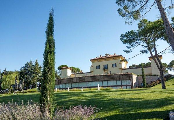 נופש בטירה מהמאה ה-18 בטוסקנה, שהפכה למלון ספא