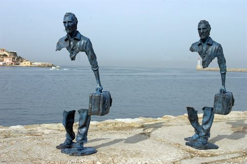 11-most-fascinating-public-sculptures-01
