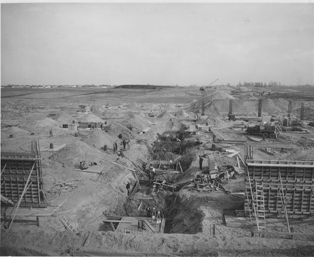 אוקטובר 1954, מתחילים בחפירות