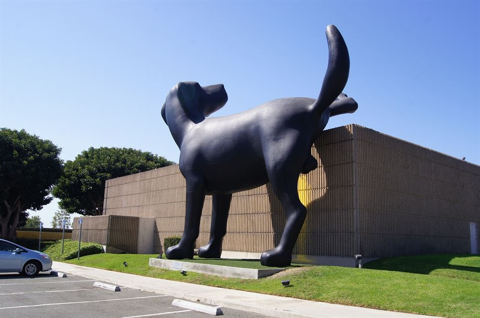 Richard Jackson - Bad Dog, 2013 - Orange County Museum of Art