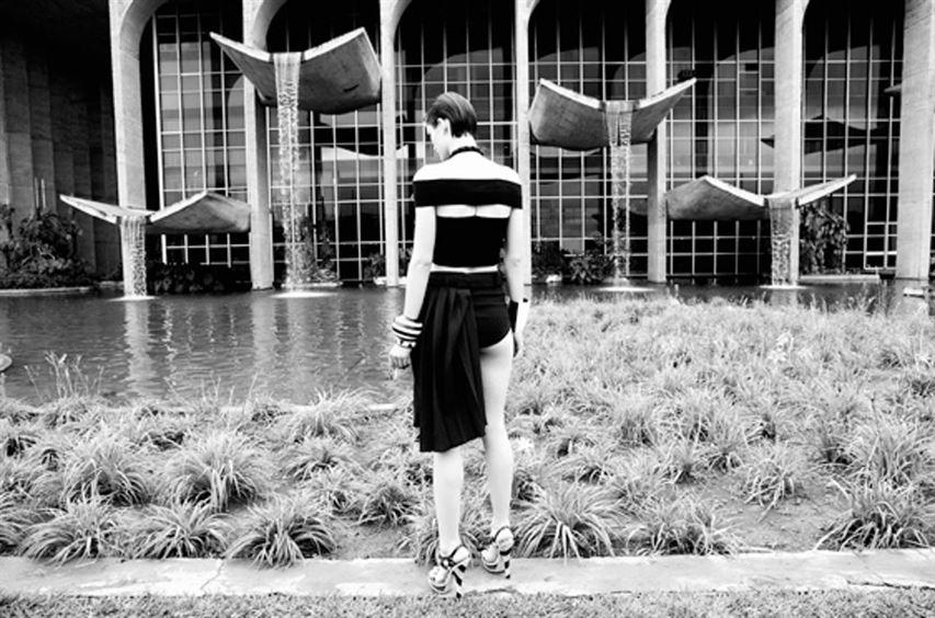 Ministry of Justice (1962) Brasilia Designed by Oscar Niemeyer Glamour Photo by Nagi Sakai