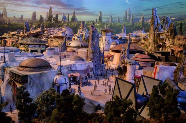 """פארק השעשועים """"מלחמת הכוכבים"""" של דיסני, יחנך ב-2019"""