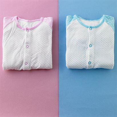 איך נקבעו הצבעים כחול וורוד לבנים ובנות?