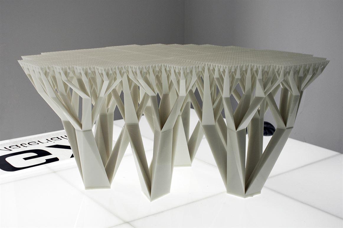 werteloberfell_mgxbymaterialise_fractal-table_03