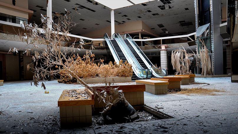 140625090643-abandoned-mall-1024x576