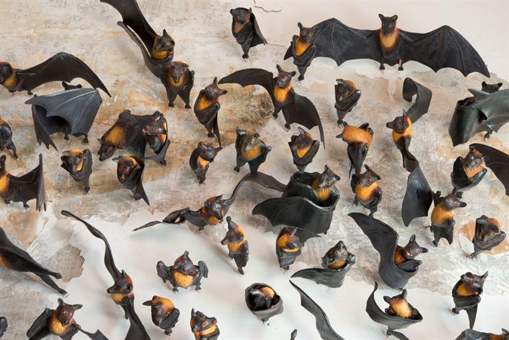 Cent-chauves-souris