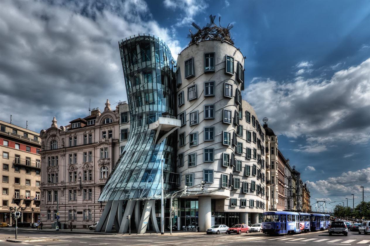 Dancing_House_Prague_5651359716