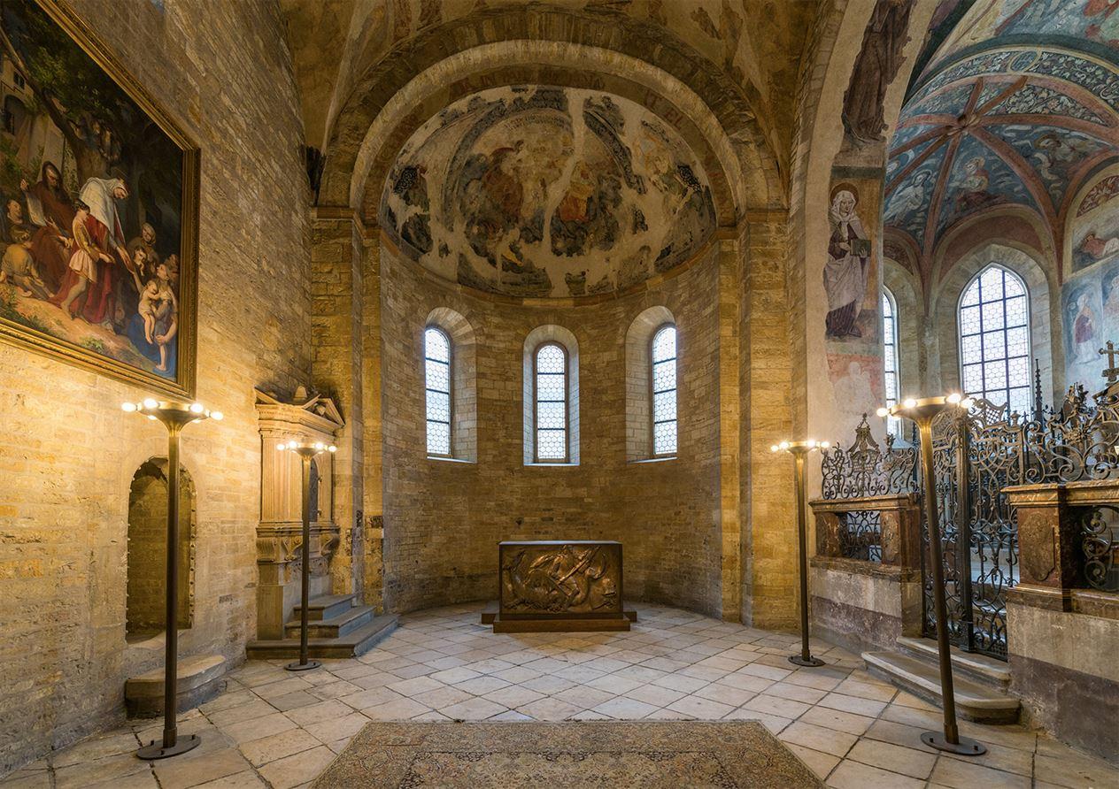 St-Georges-Basilica-interior