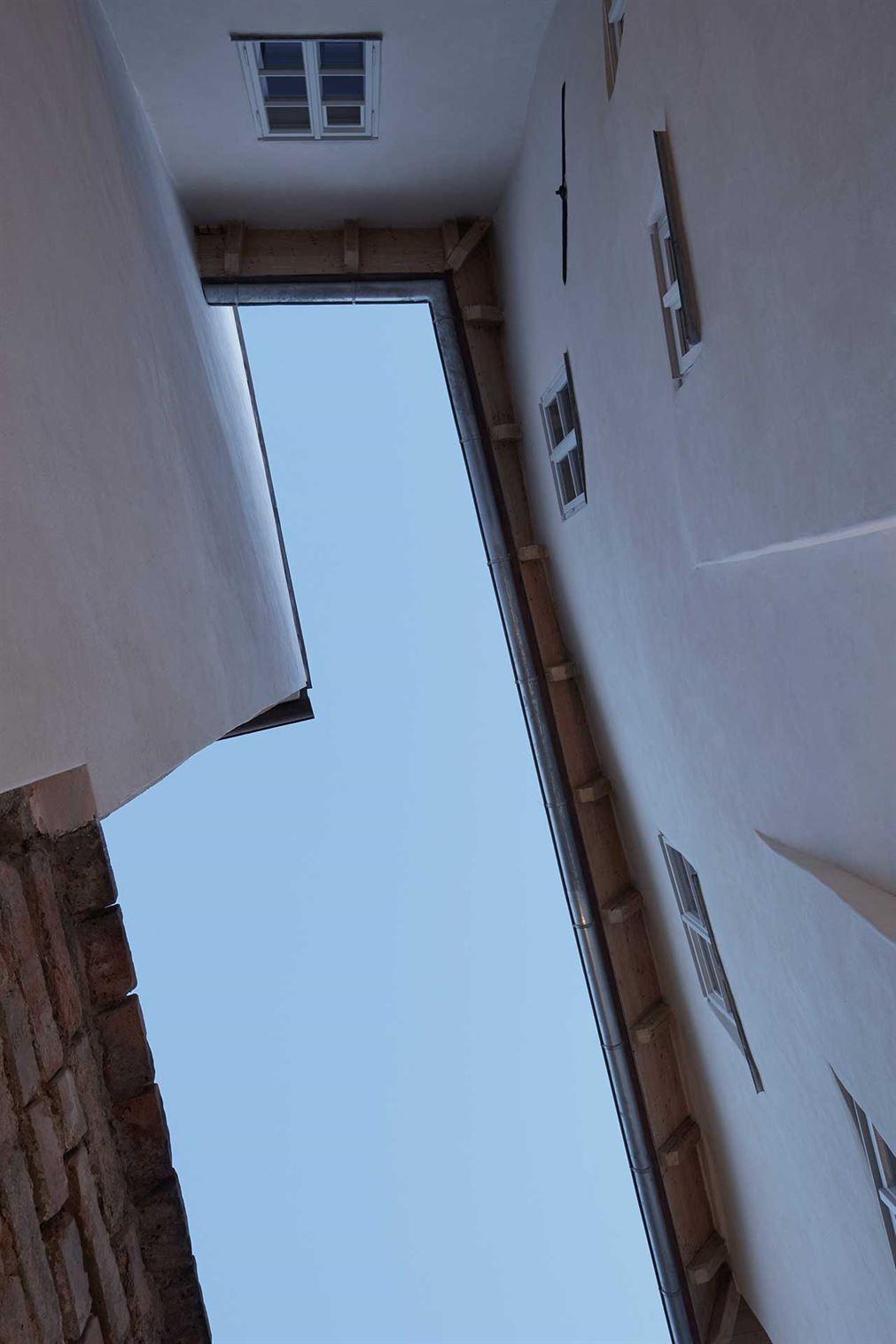 s2_stajnhaus_mikulov_nikolsburg_czech_republic_by_ora_photo_boysplaynice_yatzer