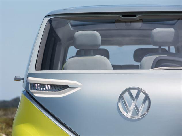 volkswagen-ID-buzz-concept-4-800x600