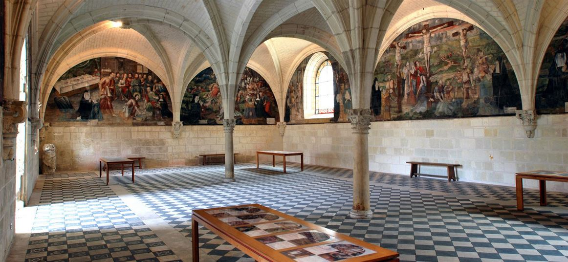 DSC_0081-Abbaye-royale-de-Fontevraud-Salle-capitulaire-c-Guy-Liaume-1472_682-1472x679