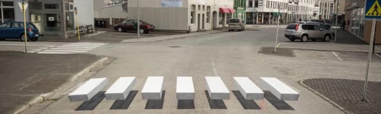 באיסלנד צבעו את מעברי החצייה בתלת-ממד, בכדי להכריח את הנהגים להזהר