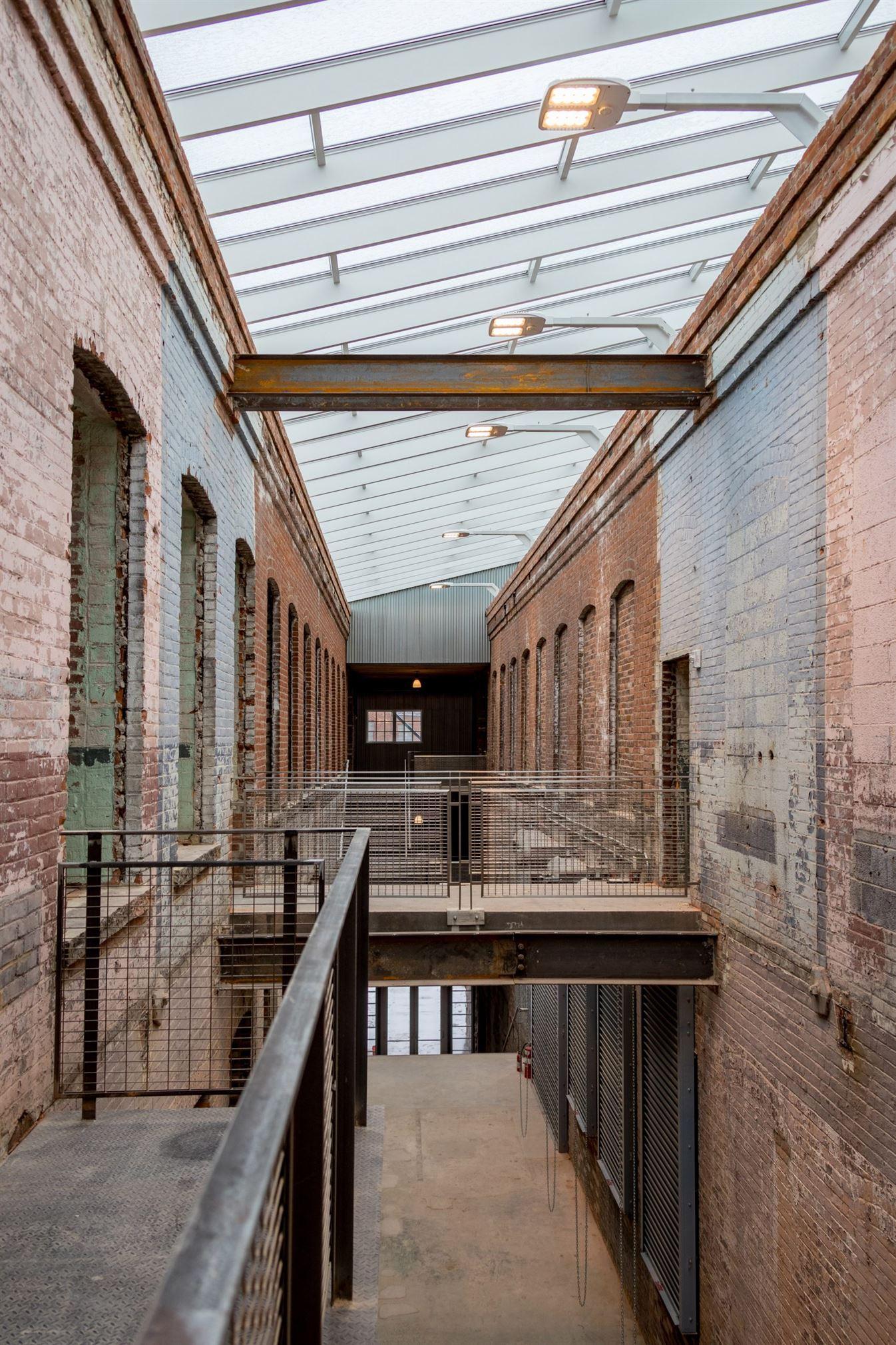 bruner-cott-mass-moca-massachusetts-museum-of-contemporary-art-museum-textile-8888factory-berkshires-expansion-renovation_dezeen_6-1704