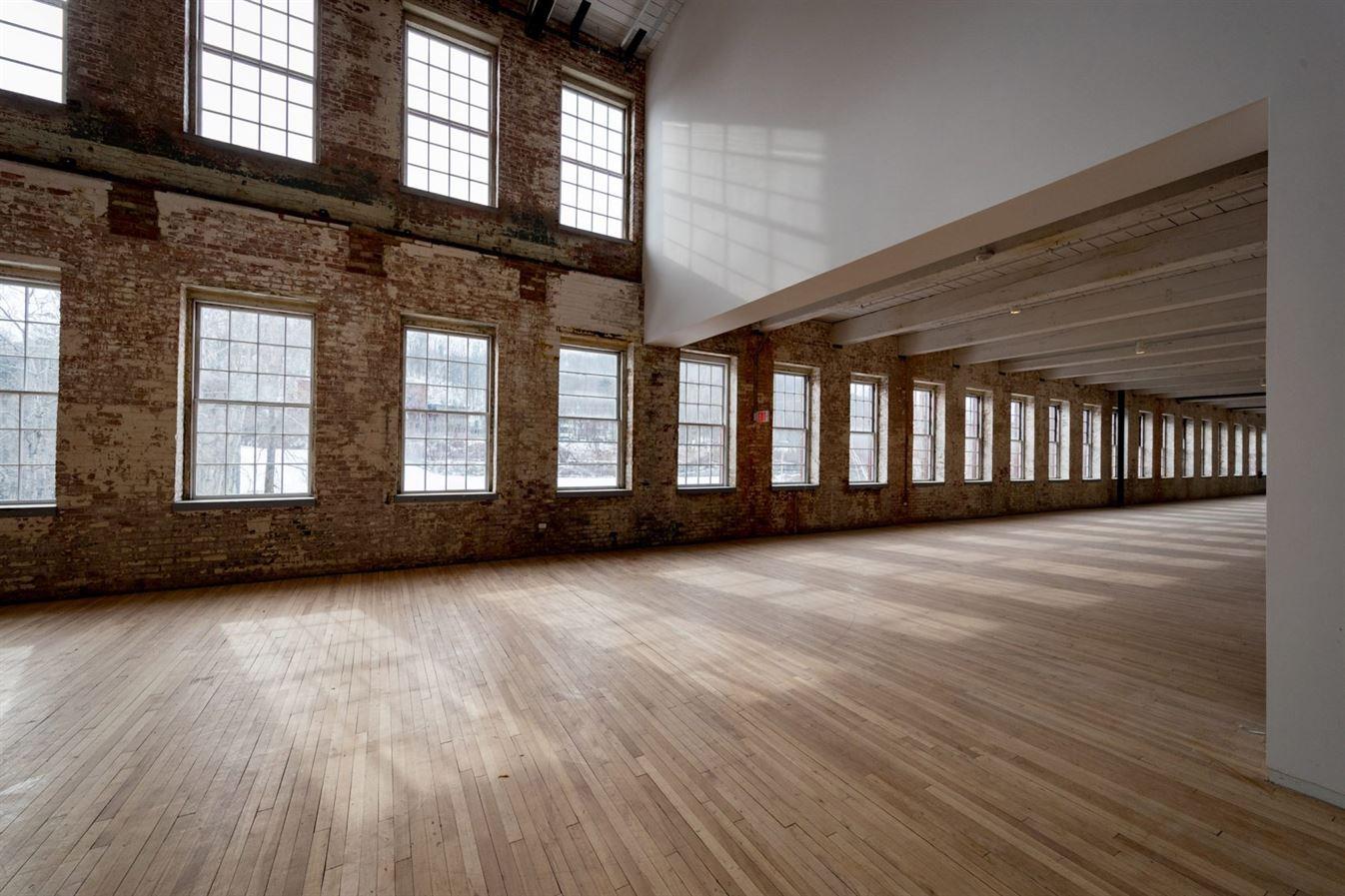 bruner-cott-mass-moca-massachusetts-museum-of-contemporary-art-museum-textile-factory-berkshires-expansi8888on-renovation_dezeen_3-1704