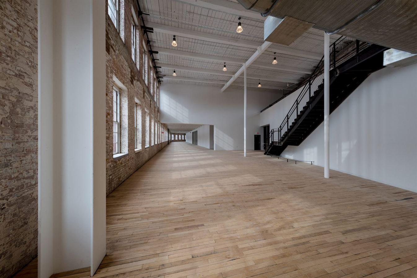 bruner-cott-mass-moca-massachusetts-museum-of-contemporary-art-museum-textile-factory1111-berkshires-expansion-renovation_dezeen_2-1704