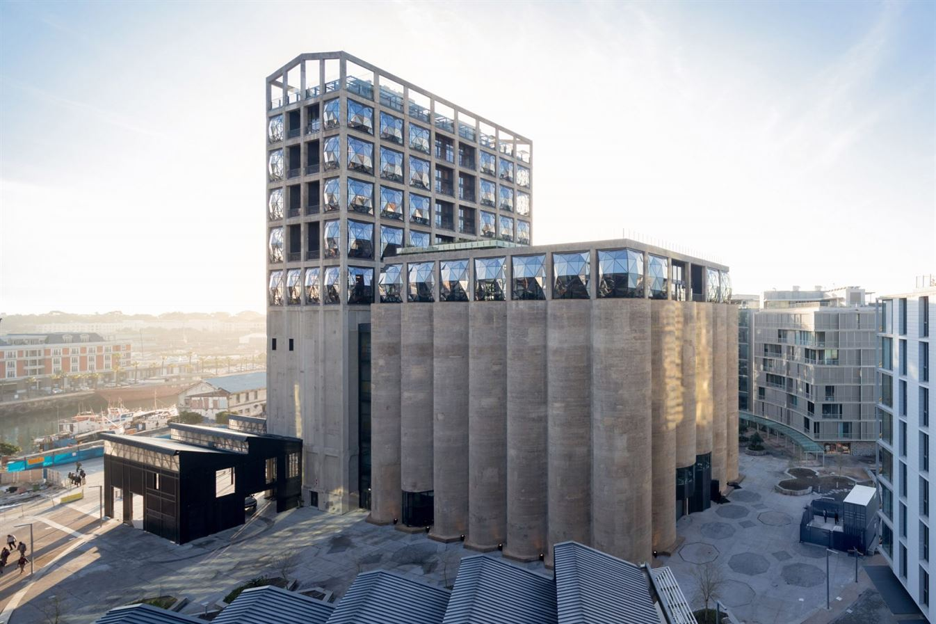 heatherwick-architecture-cultural-galleries-south-africa-v-and-a_dezeen_2364_col_2-1704x1136