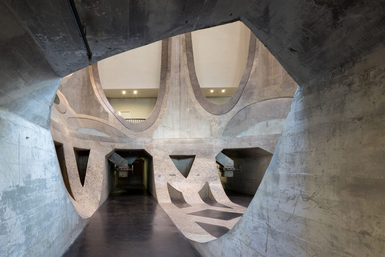 heatherwick-architecture-cultural-galleries-v-and-a-south-africa-interior_dezeen_2364_col_3-1704x1136