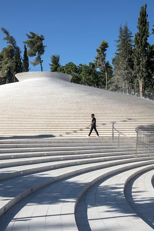 kimmel-eshkolot-memorial-hall-israel-fallen-mount-herzl-jerusalem-designboom-02