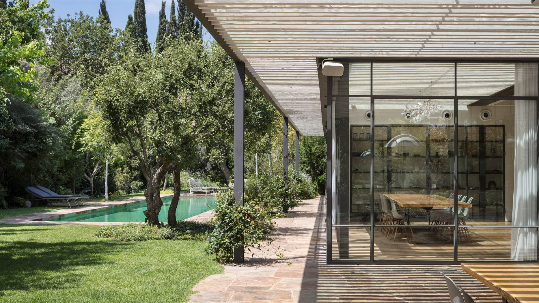 m-house-pitsou-kedem-architecture-residential-israel_dezeen_hero-2 (1)