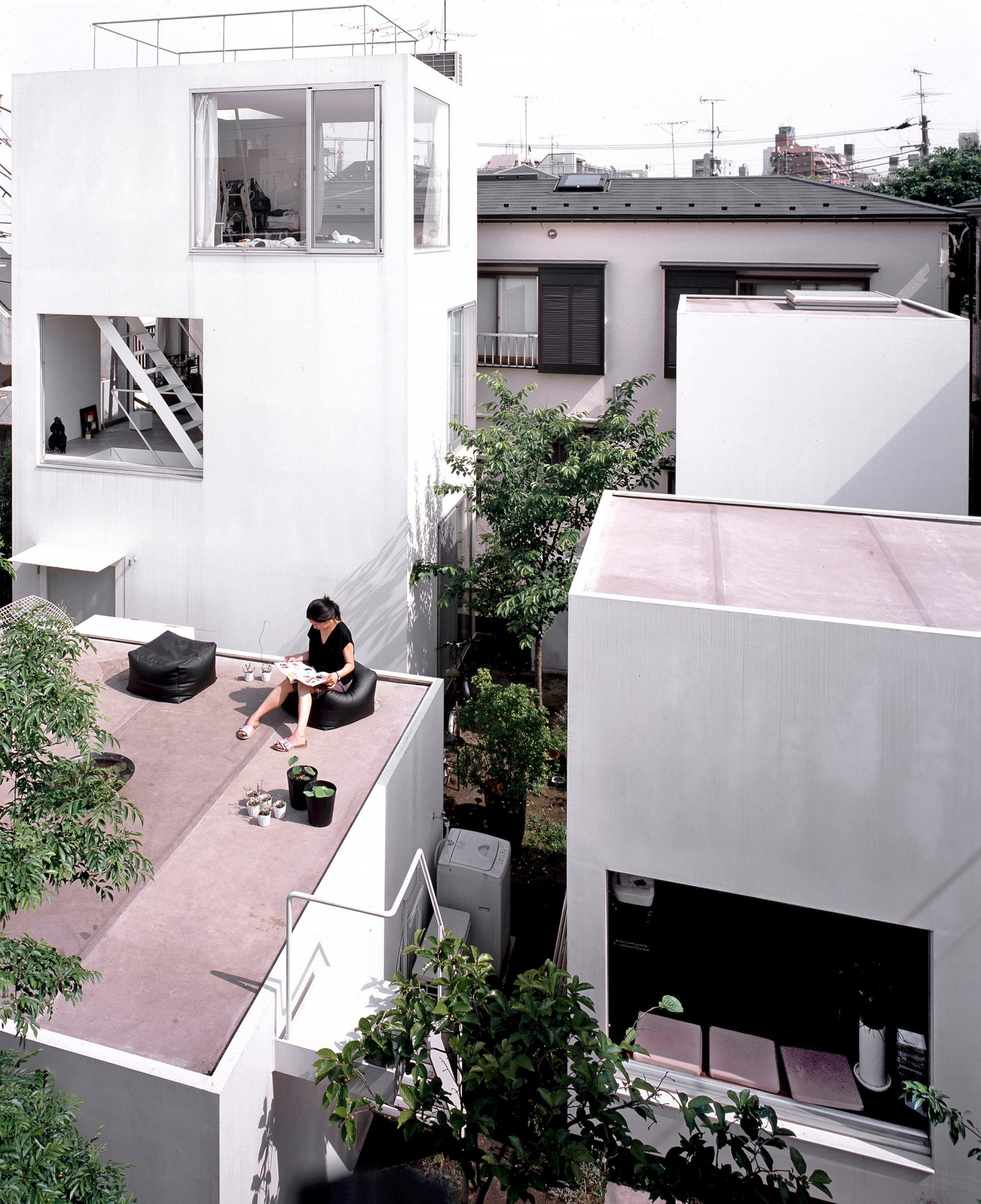 moriyama-house-photos-edmund-sumner-architecture-photography-residential-japan_dezeen_2364_col_12-1704x2091