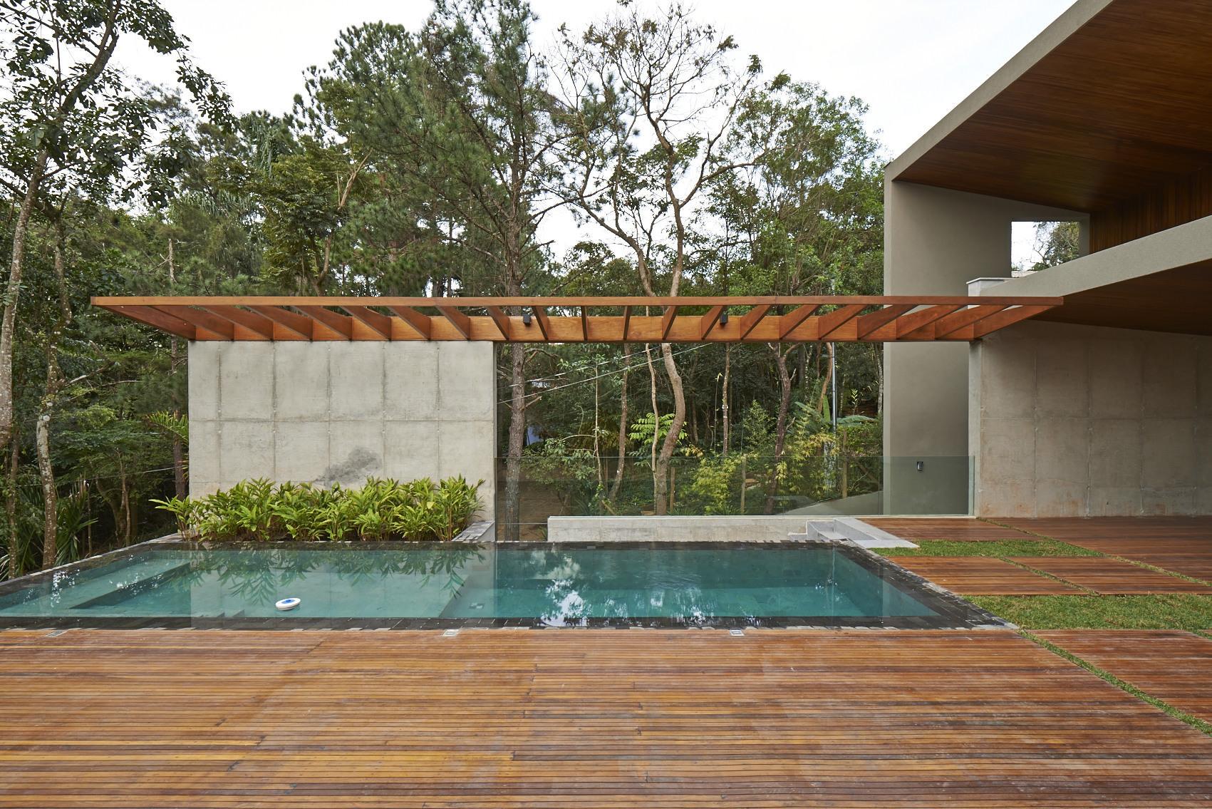 52a3df72e8e44e00d80000ae_bosque-da-ribeira-anastasia-arquitetos__dsc7354