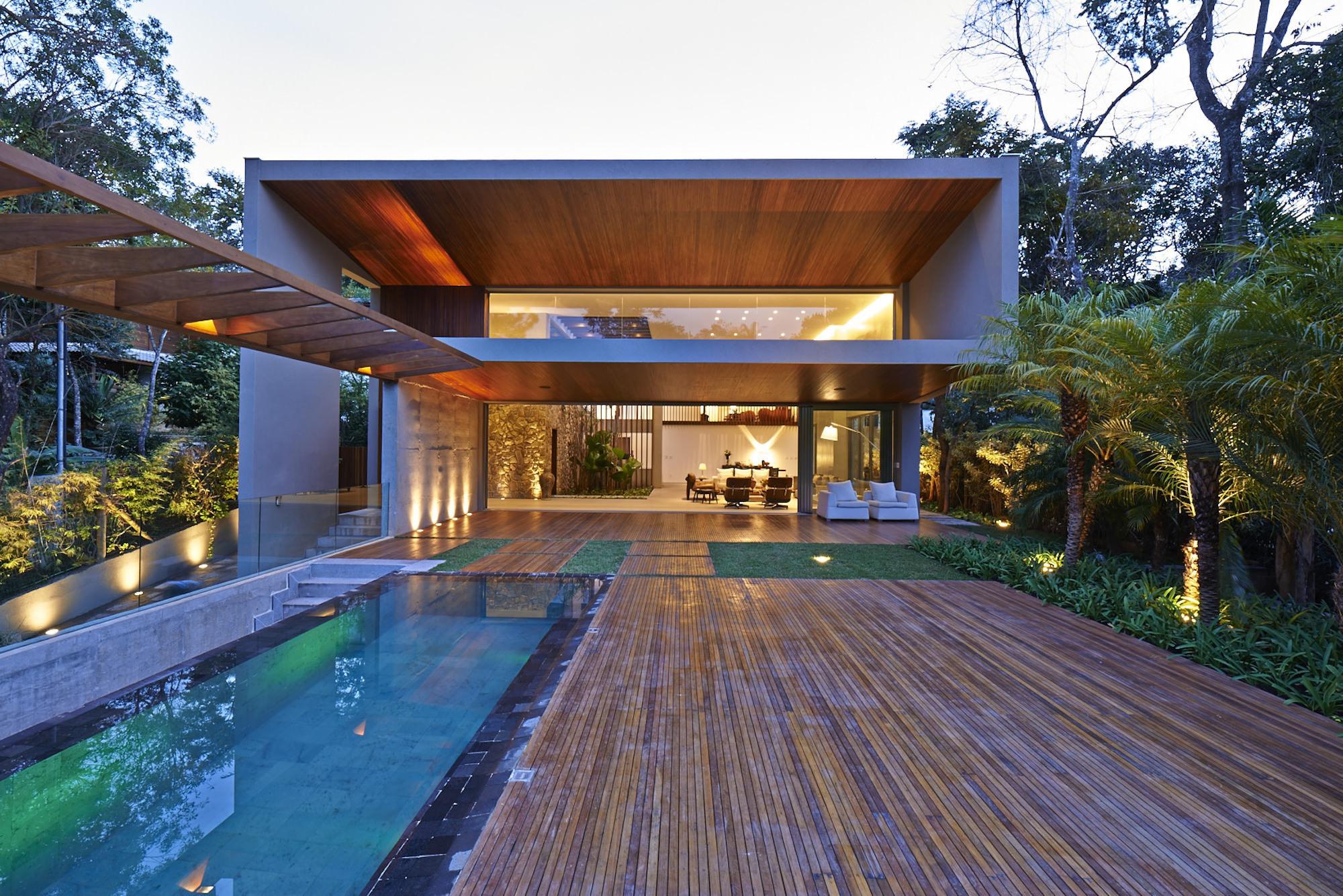 52a3e044e8e44e90be00011d_bosque-da-ribeira-anastasia-arquitetos_portada