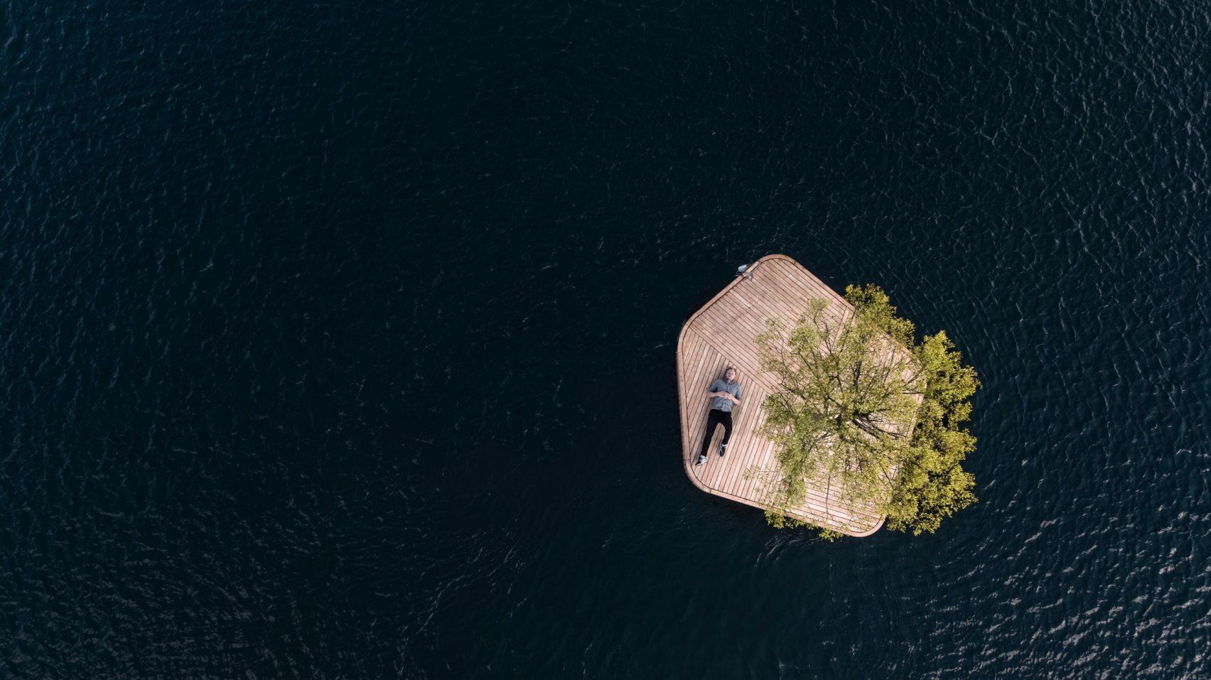 marshall-blecher-magnus-maarbjerg-copenhagen-floating-island_dezeen_2364_col_6-1704x957