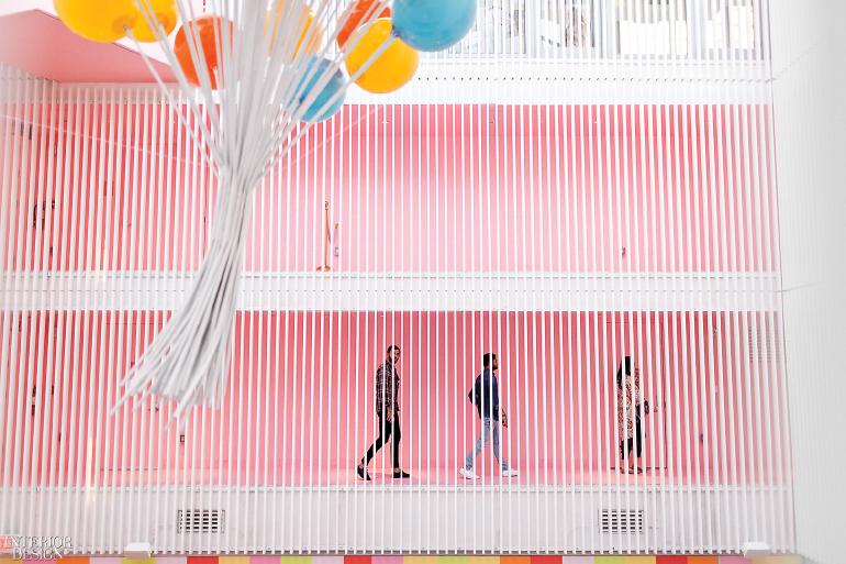 museum-of-ice-cream-exterior-pink-hallways-0318