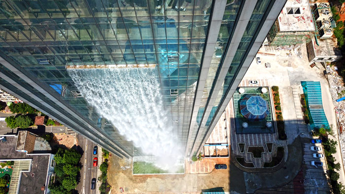 5b59bf71c55d7-massive-artificial-waterfall-skyscraper-china-guiyang-33