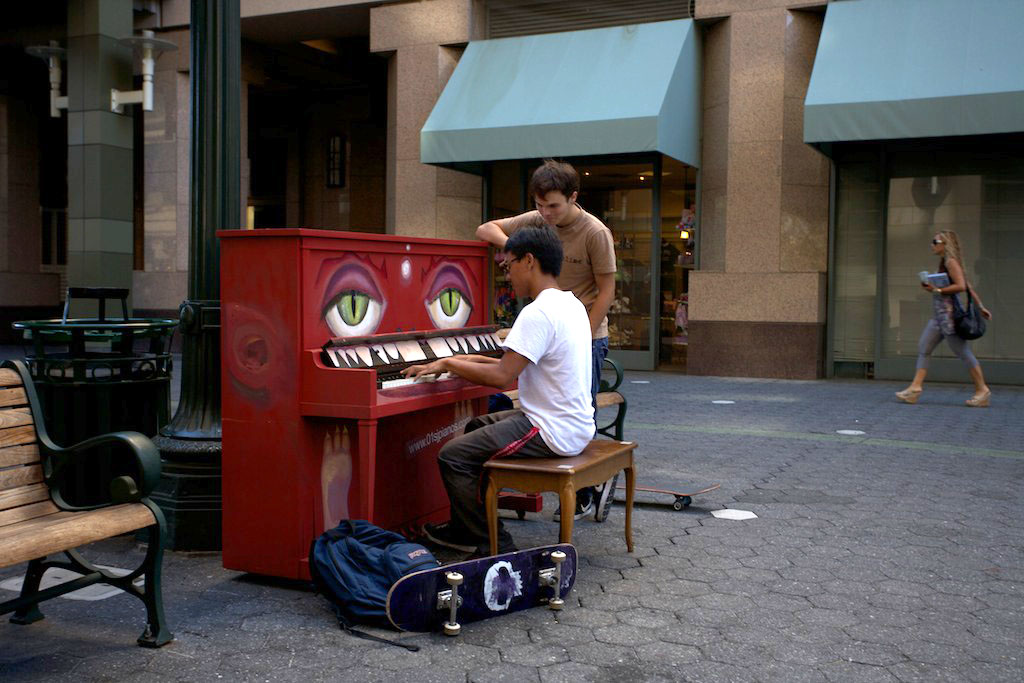 Pianos-Luke-Jarrum-03