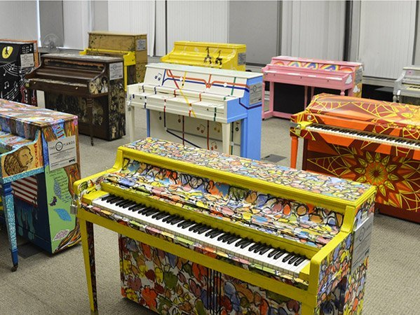 pianos-in-warehouse_featured