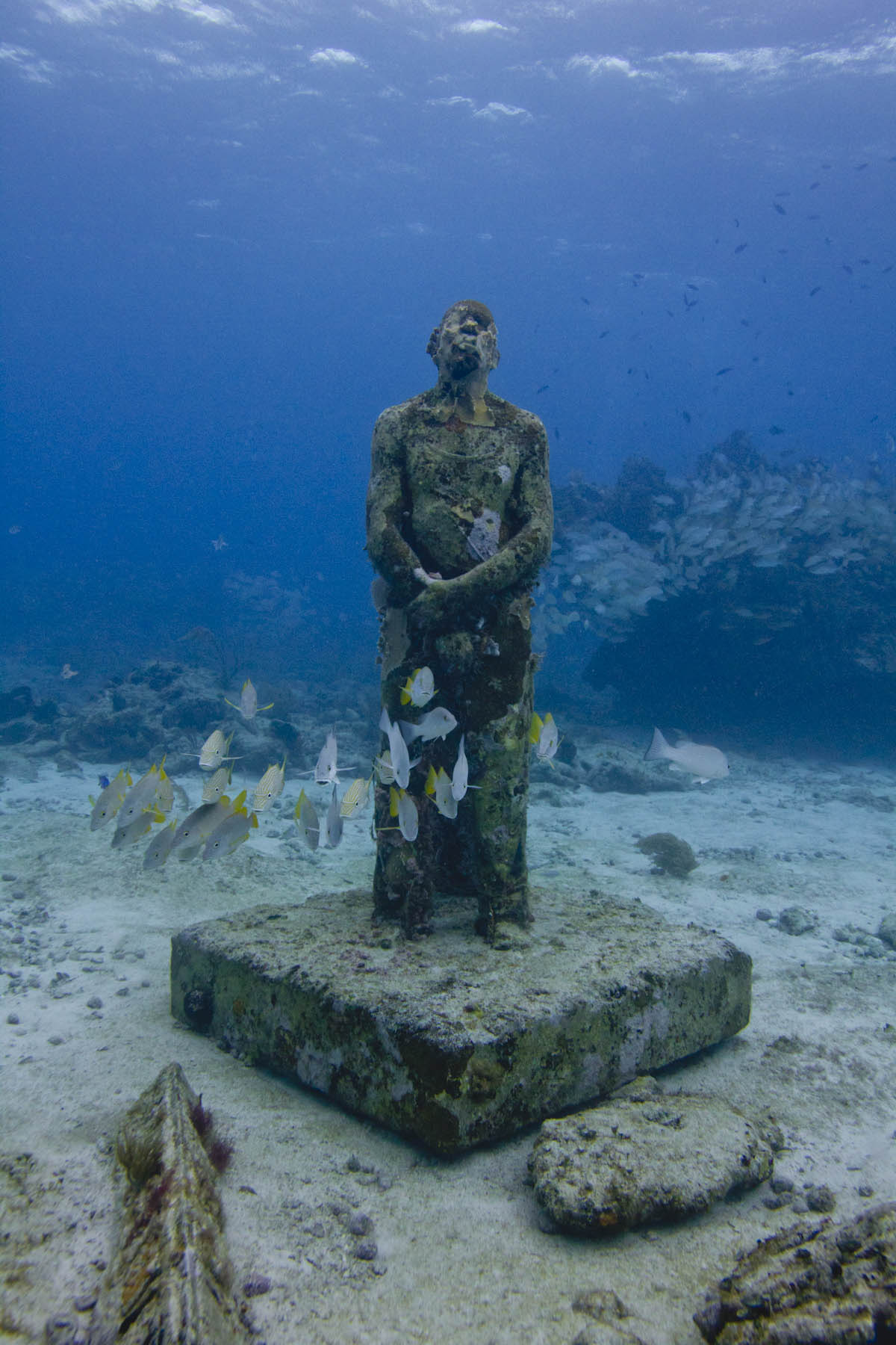 Man-on-Fire-sculpture-musa-Jason-DeCaires-Taylor