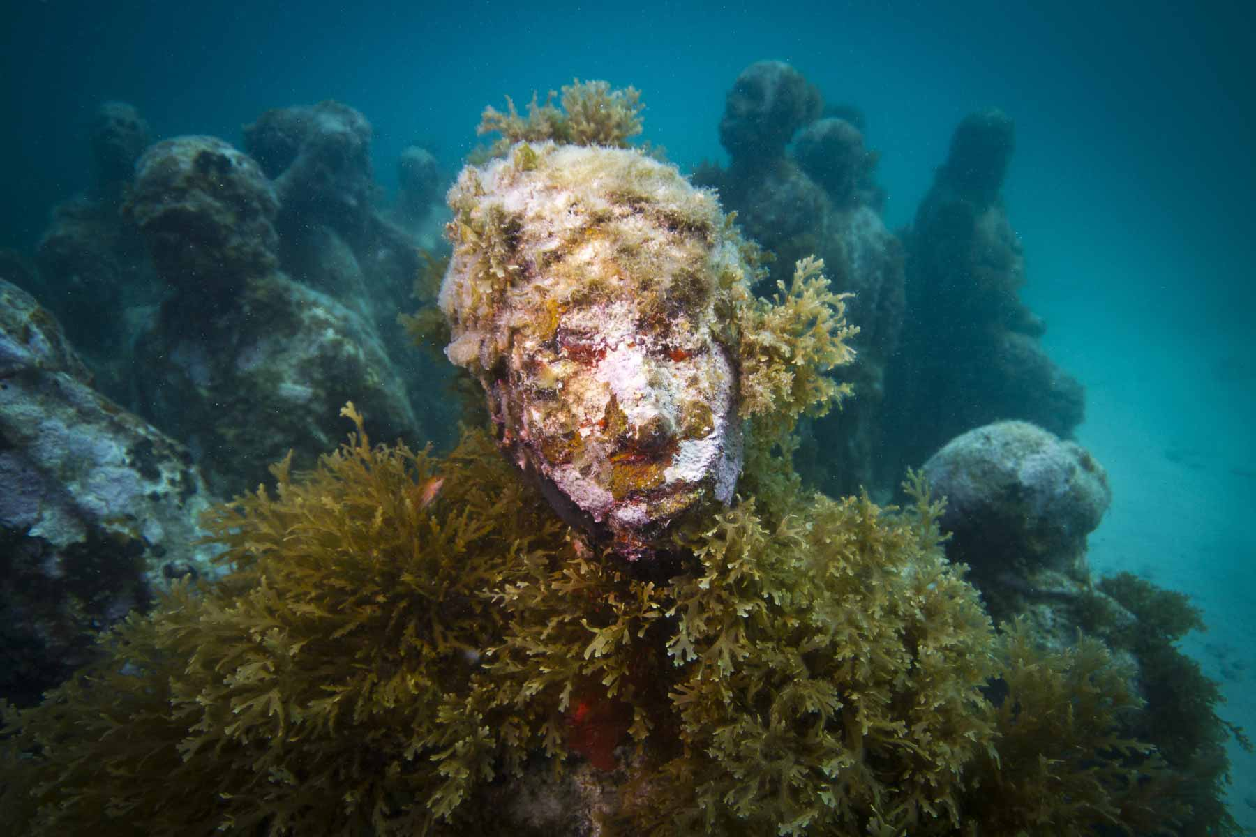 The-Silent-Evolution-Manchones-Jason-deCaires-Taylor-Sculpture