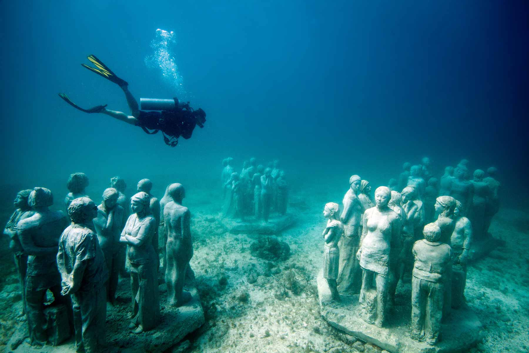The-Silent-Evolution-in-Manchones-Jason-deCaires-Taylor-Sculpture