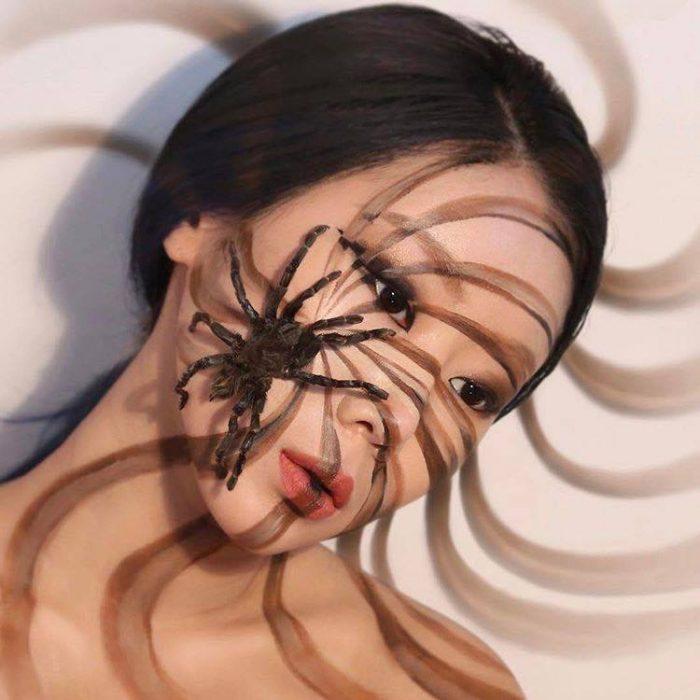 The-Illusion-Artist-Dain-Yoon-Creates-Mind-Blowing-Looks-2-e1497487183464